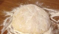 Тесто на кефире - быстрый и простой рецепт
